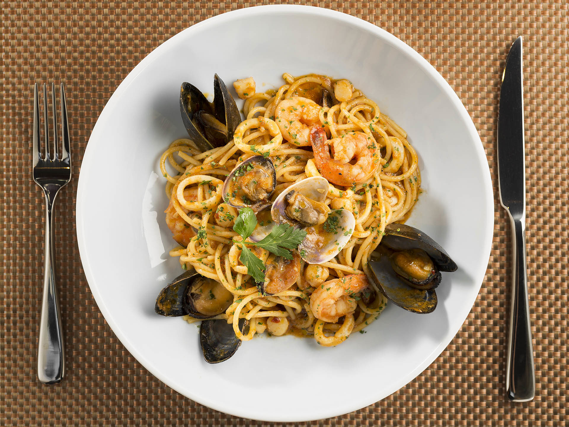 Spaghetti_Clams_Shrimp_013-1920×1439-511912591